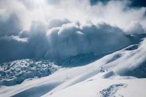 Симоне Моро сворачивает зимнюю экспедицию на восьмитысячнике Манаслу