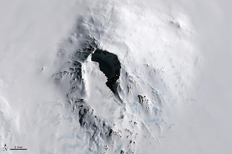 Вулкан Сидлей на снимках NASA