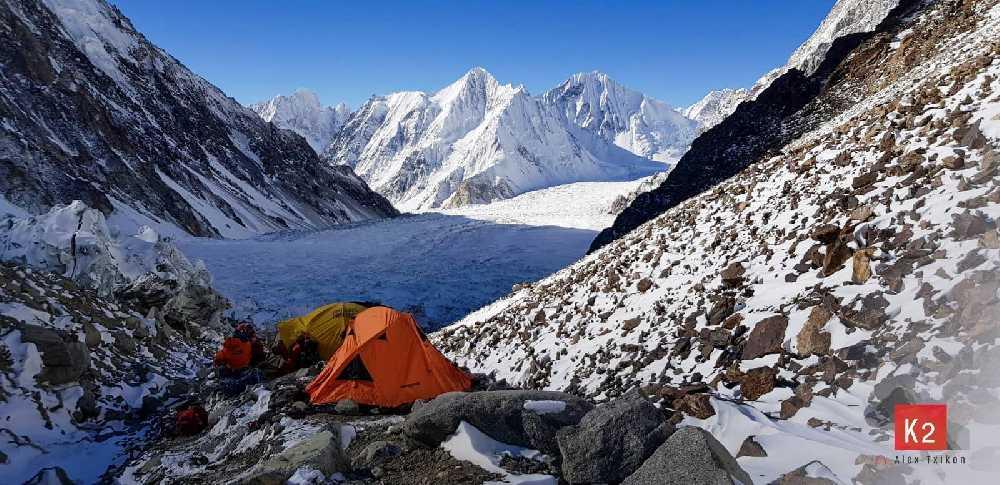 Работа над маршрутом к второму высотному лагерю на К2. январь 2019. Фото  Alex Txikon