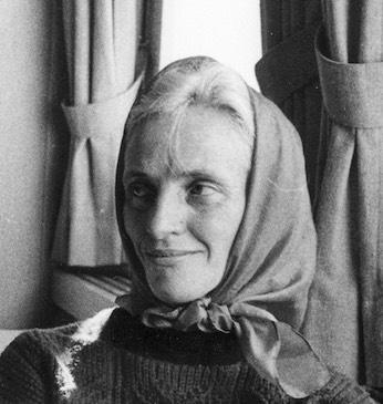 Дейзи Воог (Daisy Voog)  родилась в Эстонии, но большую часть жизни провела в Мюнхене, где живет и сейчас