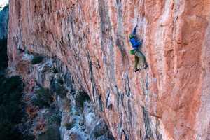 Зимняя Каталония: скалолазное путешествие Романа Баценко