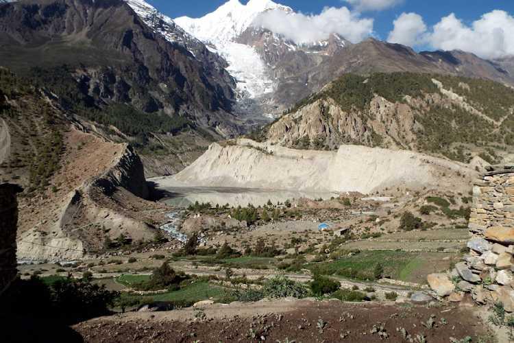 Вид на вершину горы Гангапурна