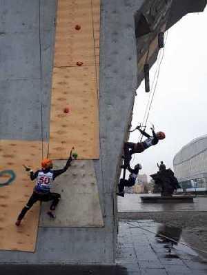 В Харькове состоится чемпионат по ледолазанию