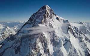 Возможно ли подняться на высочайшие горы всех стран в мире за одну жизнь?