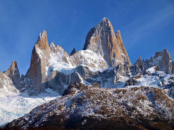 Фицрой (Cerro Fitzroy высотой 3405 метров)