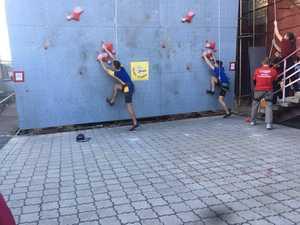 В Никополе прошли всеукраинские юношеские соревнования по скалолазанию