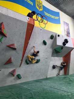 В Никополе состоялся чемпионат Украины по скалолазанию