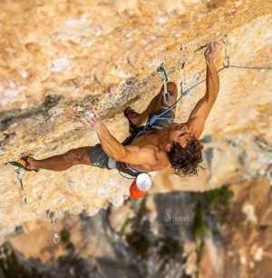 Джонатан Сигрист проходит свой второй маршрут категории 9b: