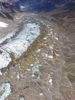 Фото дня: базовый лагерь Эвереста с высоты птичьего полёта