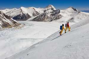 Новый маршрут на Эверест: Кори Ричардс и Эстебан Мена завершают акклиматизацию