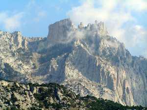 Останки украинского альпиниста обнаружили у горного хребта в Крыму