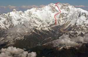 Два альпиниста погибли и один пропал без вести на восьмитысячнике Канченджанга