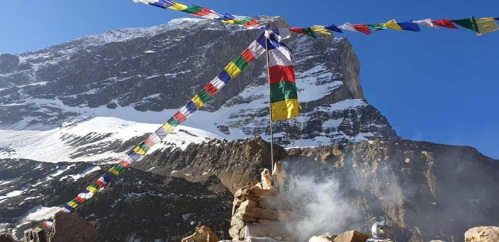 восьмитысячник Дхаулагири (Dhaulagiri, 8167 м). Фото Peter Hamor