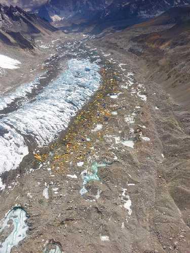 Базовый лагерь Эвереста. Непал. Май 2019 года. Фото Lakpa Norbu Sherpa.