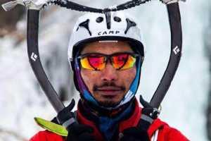 На восьмитысячниках Эверест и Макалу погибли два альпиниста
