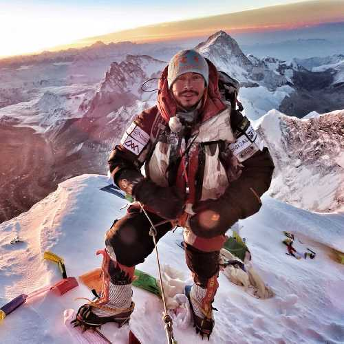 Нирмал Пуржа (Nirmal Purja) в восхождении на Эверест, 22 мая 2019 года. Фото (Nirmal Purja