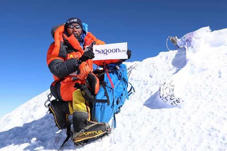 Ками Рита Шерпа (Kami Rita Sherpa) на Эвересте 15 мая 2019 года. Фото  Seven Summit Treks