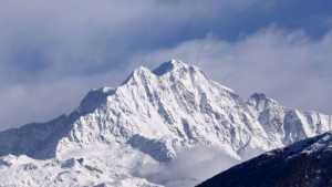 Тела иностранных альпинистов, ранее считавшихся пропавшими без вести, обнаружены на горе Нандадеви в Индии