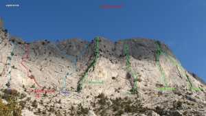 В Крыму на горе Мшатка-Кая травмировался украинский альпинист