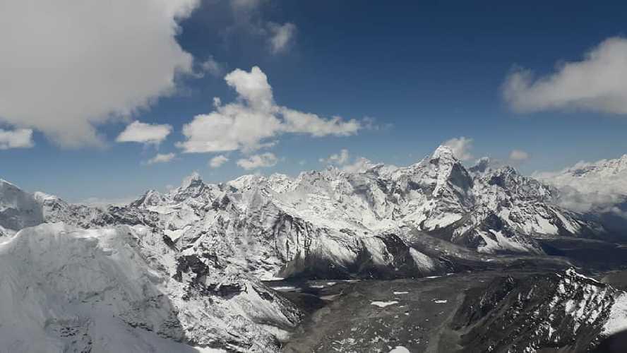 Южная стена Лхоцзе: Экспедиция Сунг Таек Хонга 2019. Фото Sung Taek Hong