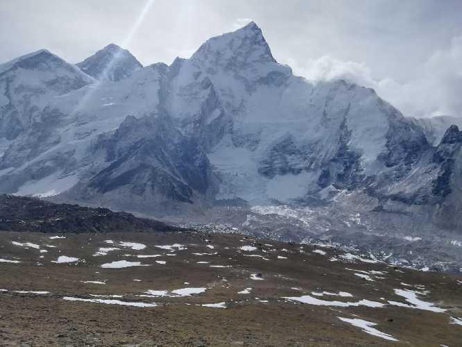 Еверест другий зліва. Фото Віталій Дячук