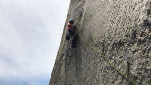 10-летняя Села Шнайтер стала самой молодой в мире скалолазкой, поднявшись на вершину Эль-Капитан по маршруту