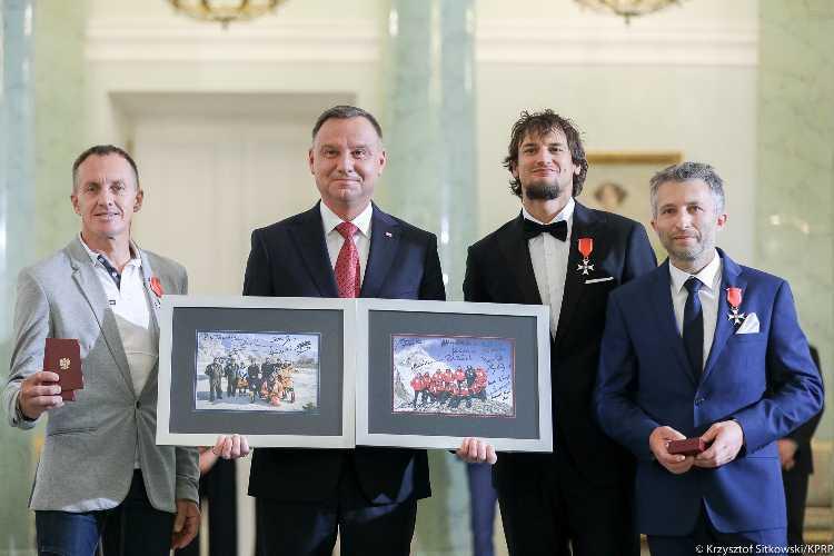 Фото www . prezydent . pl