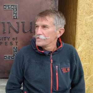Выдающемуся киевскому альпинисту Игорю Чаплинскому - 60!