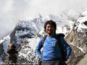 В шаге от мечты: альпинист без пальцев Ким Хонг-Бин прошел свой 13-й восьмитысячник Гашербрум I