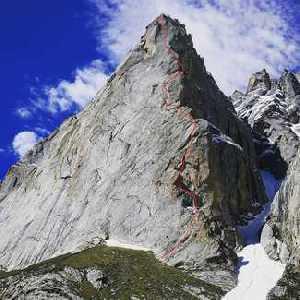 Итальянские альпинисты открывают новый маршрут на пакистанскую вершину пик Элисон