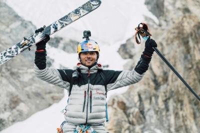 Анджей Баргель планирует стать первым, кто поднимется на Эверест без кислородных баллонов и спустится с вершины на лыжах