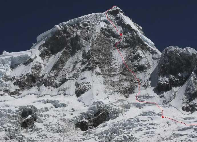 """Маршрут """"BOYS 1970"""" на вершину горы Хуандой Северный (Huandoy North, 6360 м.) что расположена  в Кордильера-Бланка, Перу. Фото Marek Holecek"""
