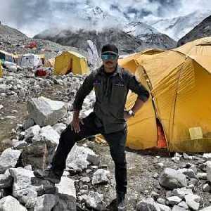14 восьмитысячников за 7 месяцев: Нирмал Пуржа прибыл в базовый лагерь восьмитысячника Чо-Ойю