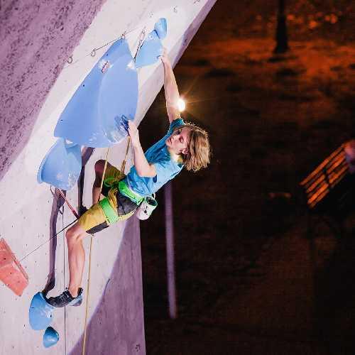 Илья Бахмет-Смоленский на Чемпионате Украины по скалолазанию. Фото Денис Колесниченко