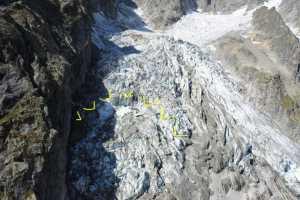 На Монблане возможен обвал ледника Планпинье: закрыты дороги и эвакуированы некоторые здания