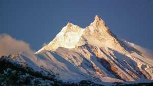 Более 100 альпинистов поднялись на восьмитысячник Манаслу за минувшие два дня.