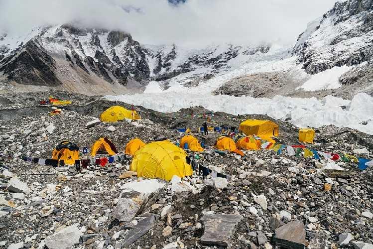 Базовый лагерь Эвереста. осень 2019. Фото Andrzej Bargiel