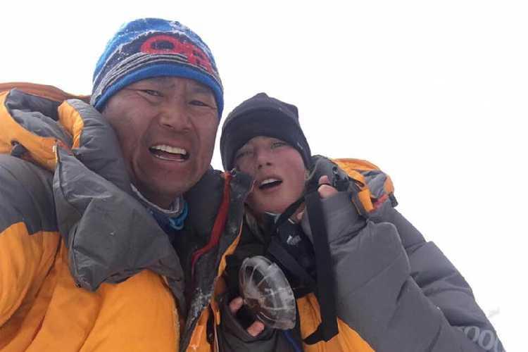 Фунуру Шерпа (Phunuru Sherpa) и Габриэль Джейн Канизай (Gabrielle Jane Kanizay). Фото Beyul Adventure