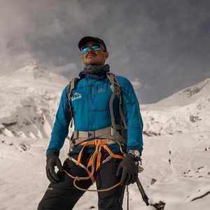 14 восьмитысячников за 7 месяцев: Нирмал Пуржа планирует подняться на вершину Шишабангма 23 октября