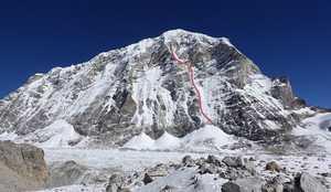 Американские альпинисты впервые открывают западную стену горы Тенжи Раги Тау в Непале