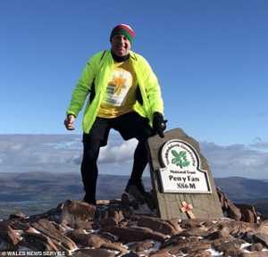 Турист из Великобритании умер в базовом лагере Эвереста