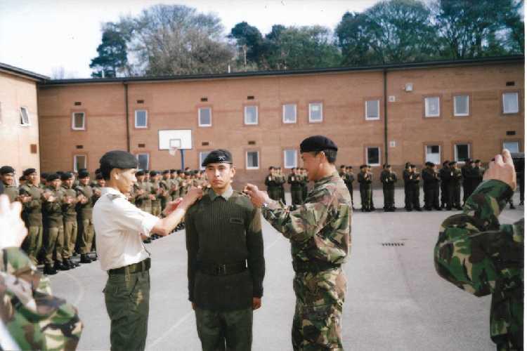 В 2003 году мечта Нирмала Пуржи (Nirmal Purja) осуществилась и он был принят в войска Великобритании в возрасте 18 лет.