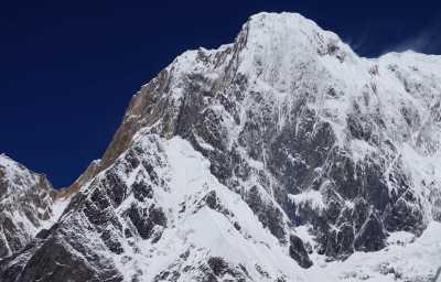 Попытка первопрохождения украинских альпинистов по юго-восточному гребню горы Аннапурна III (7555 метров) в Непале