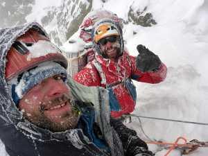 Первое зимнее восхождение и новый маршрут на вершину горы Шхара: как это было