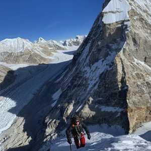 Йошт Кобуш открывает в Непале новую гору-пятитысячник, называя ее