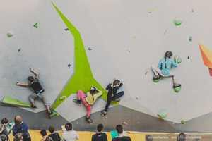 В Харькове прошли всеукраинские соревнования по скалолазанию