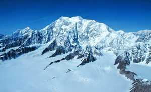 Канада запрещает одиночные и зимние восхождения на высочайшую гору страны - Логан