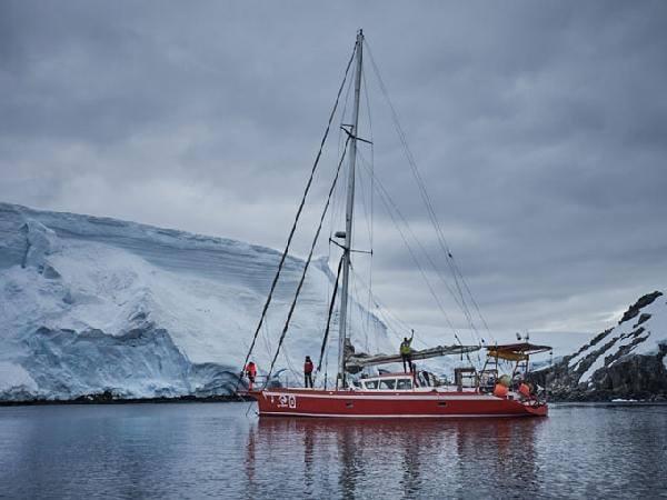 Алекс Тикон (Alex Txikon) в Антарктиде