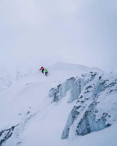 Треккнг по главному леднику Гашербрумов. Фото Симоне Моро (Simone Moro) и Тамара Лунгер (Tamara Lunger)