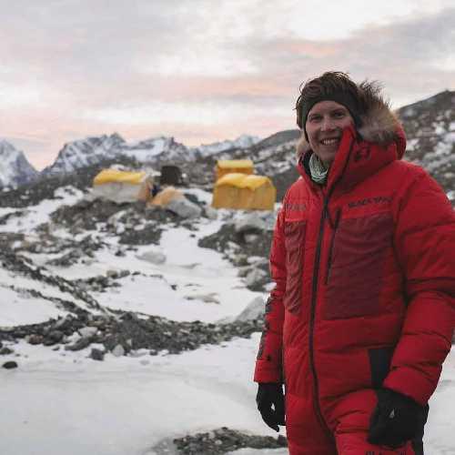 Йошт Кобуш (Jost Kobusch) в базовом лагере Эвереста